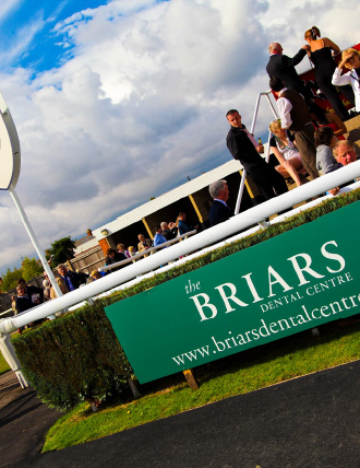 Briars Dental at the Races